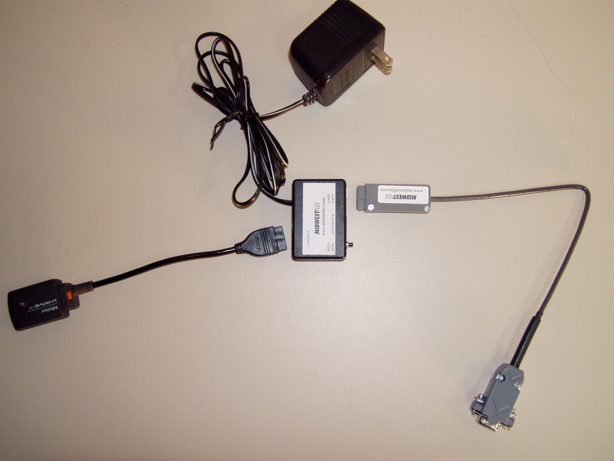 FC Adapter with U-Wave transmitter and serial cable